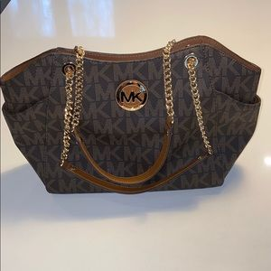 NWT Michael Kors brown large chain shoulder tote
